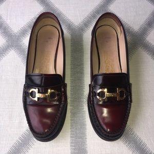 SALVATORE FERRAGAMO Leather Buckle Loafers Vintage
